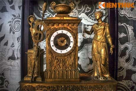 Khám phá kho cổ vật quý giá của vua Khải Định
