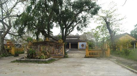 Về làng Chuồn