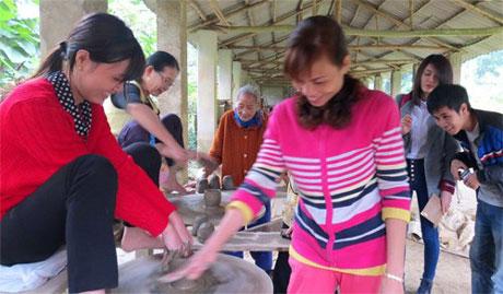 Làng cổ Phước Tích - Kỳ 3: Làng giáo